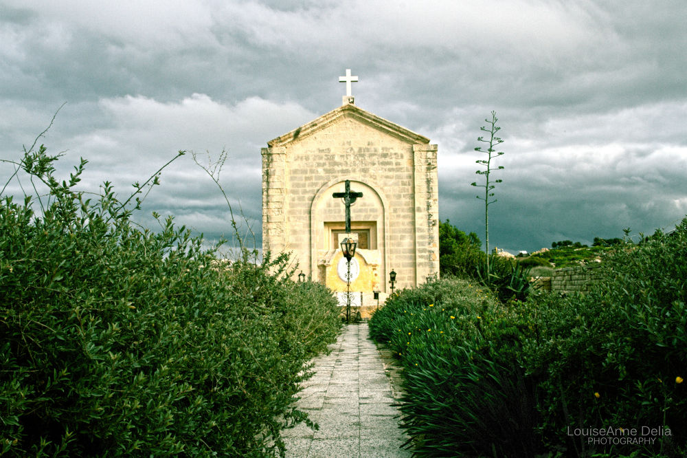 Chapel in Malta, ( Wied Ghammieq ... It is said that people suffering from Plague  were buried alive by LouiseAnne Delia