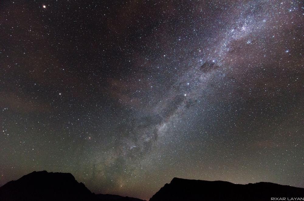 Milky Maïdo by Richard Layan