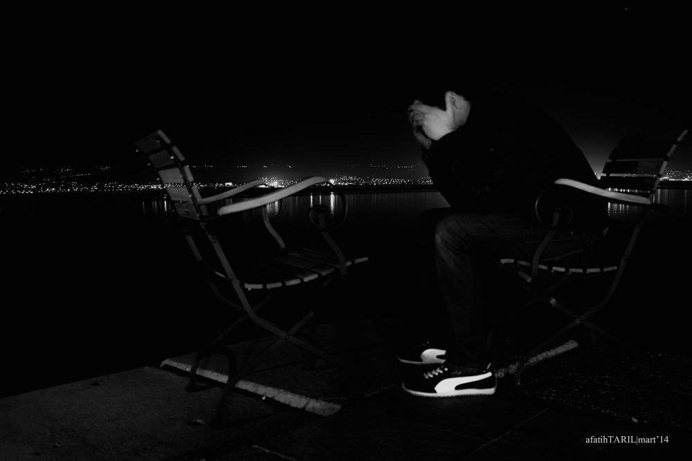 Derin bir yalnızlık by Ahmet fatih Tarıl