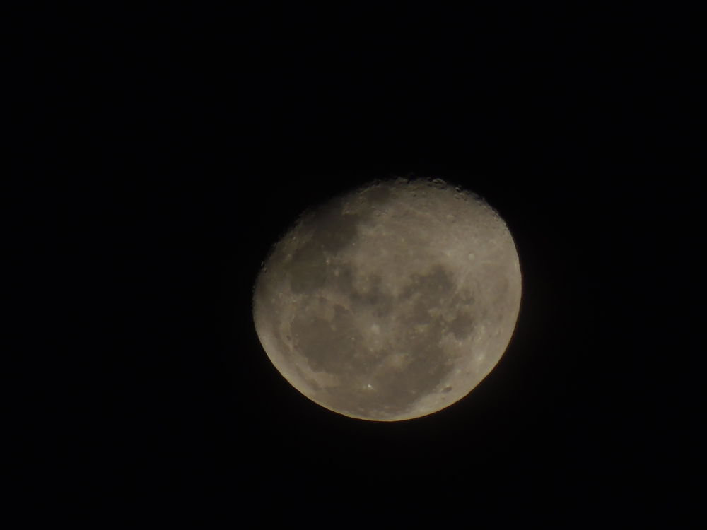 The Moon 19/03/2014 by Ueriston Machado