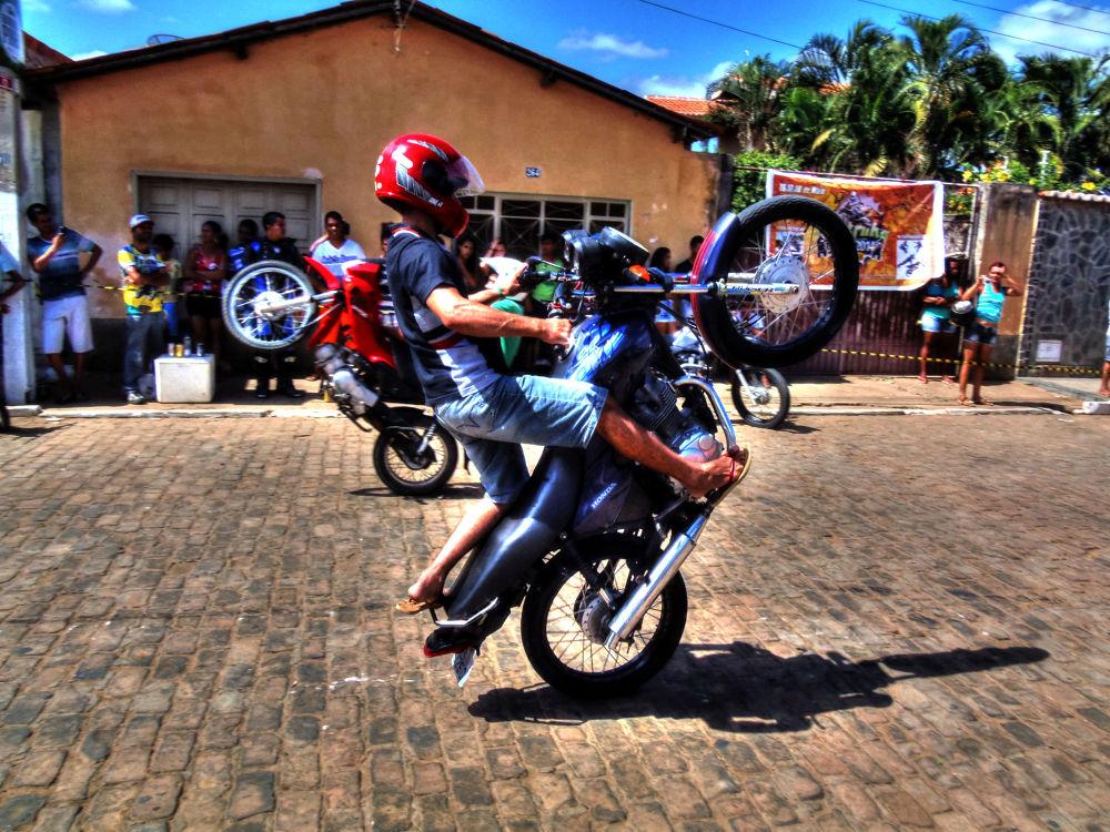 motocross by Ueriston Machado