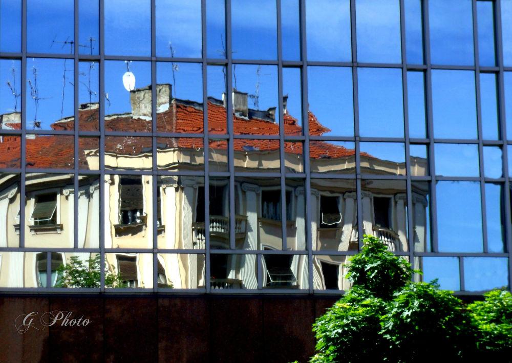 Life in pieces (Slomljena stvarnost) by Gordana