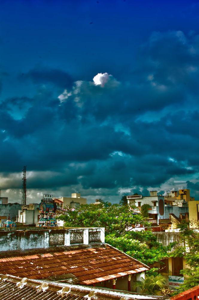 Pondicherry clouds by Shivas Sivakumar