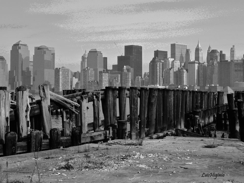HDR nueva Y - copia Wonderful world, Old and New NYC. by Luis Higinio Hernandez Pablo