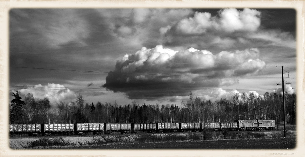 Train Crossing the Plains by fiftythreenorth
