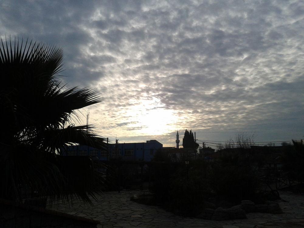 bulutlu gökyüzü by Turgut
