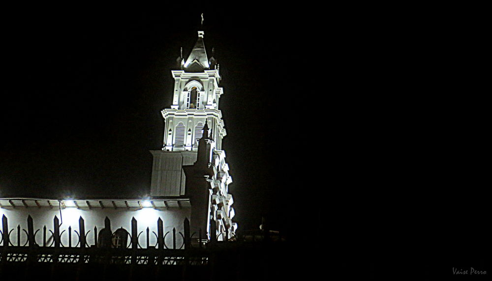Iglesia de Todos los Santos by Vaisecito