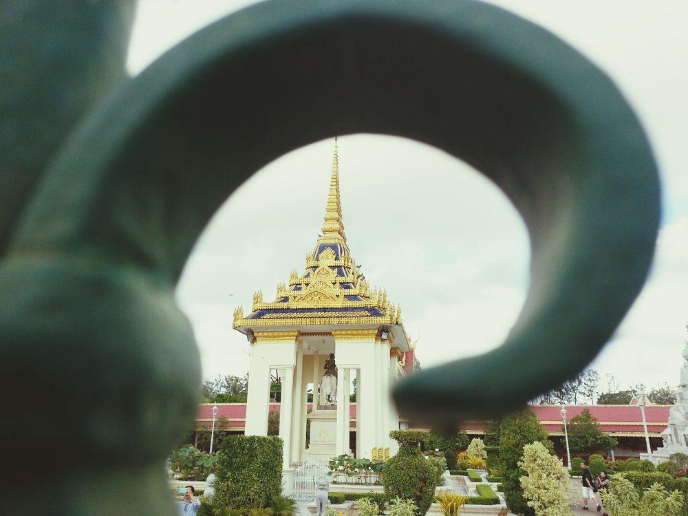 Through traveler's eyes by tanhi810
