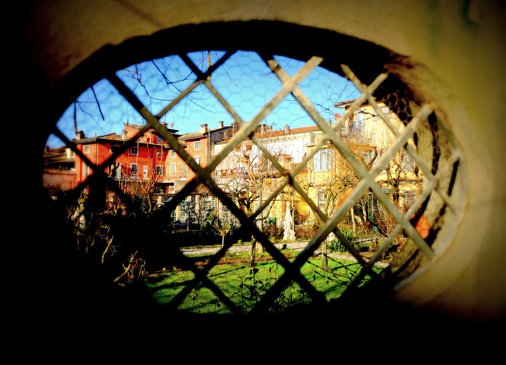 Dentro al giardino by congius