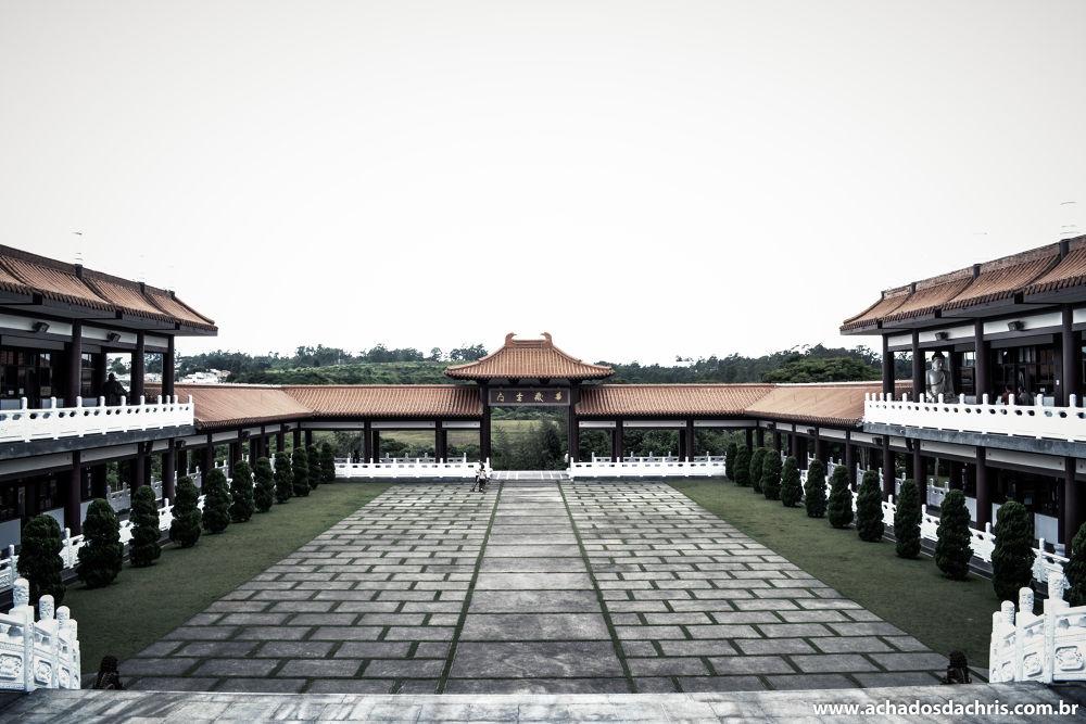 Templo Zu Lai - Cotia - SP by Alexandre Simões Martins