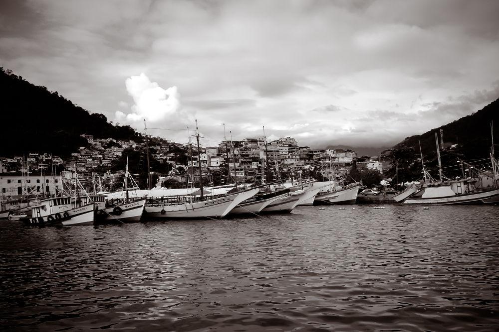 Angra dos Reis / RJ - Brasil by Raphael Scharth