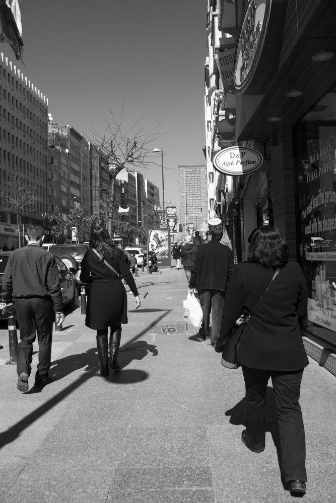 Sokak ve yaşam by Özlem Yılmaz