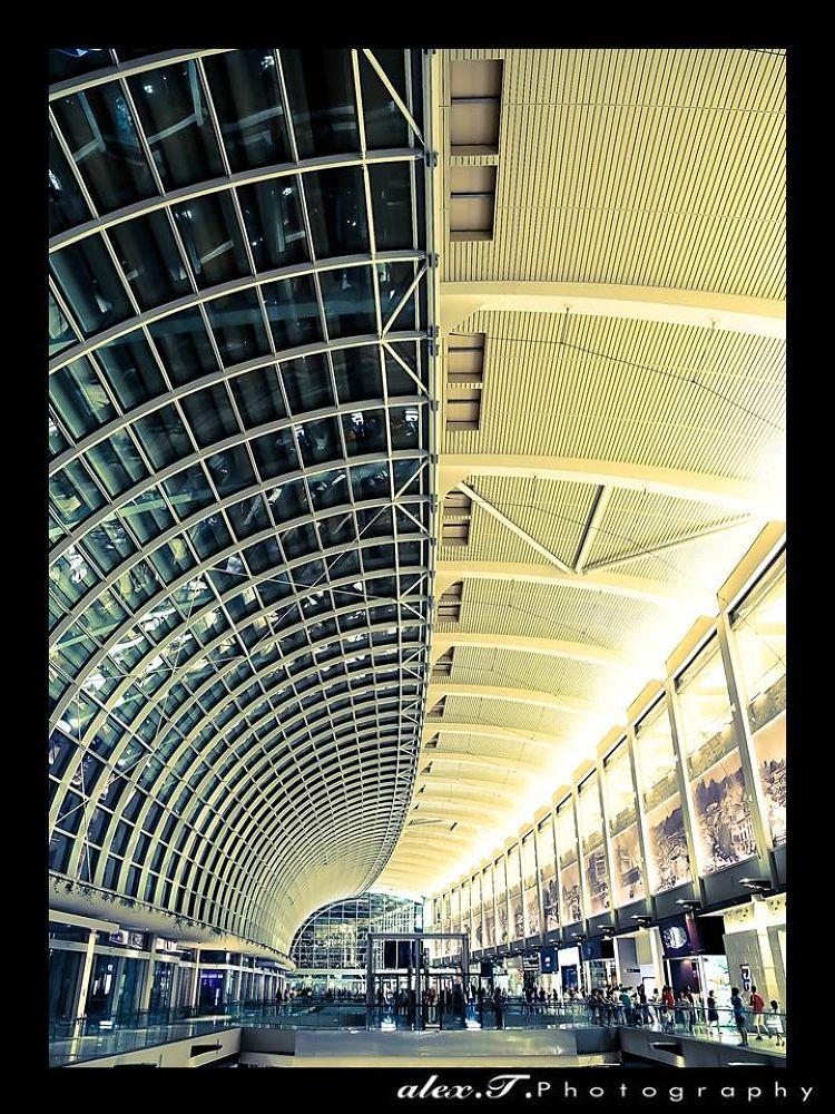 Curve - Singapore  by Alex T Photography