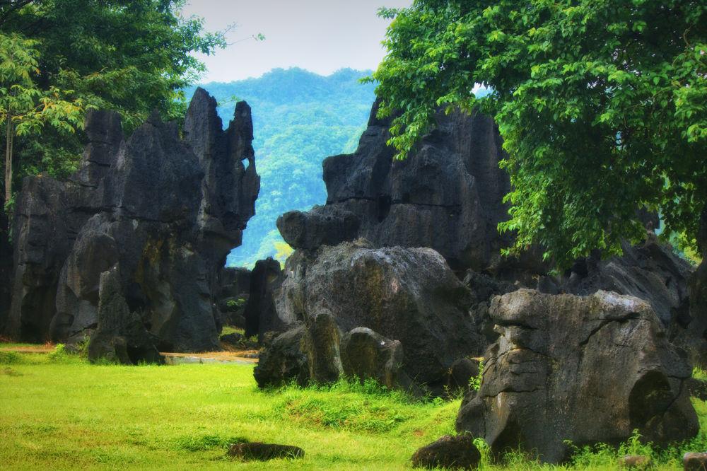 Expanse of ancient rock by Ndri Ndri
