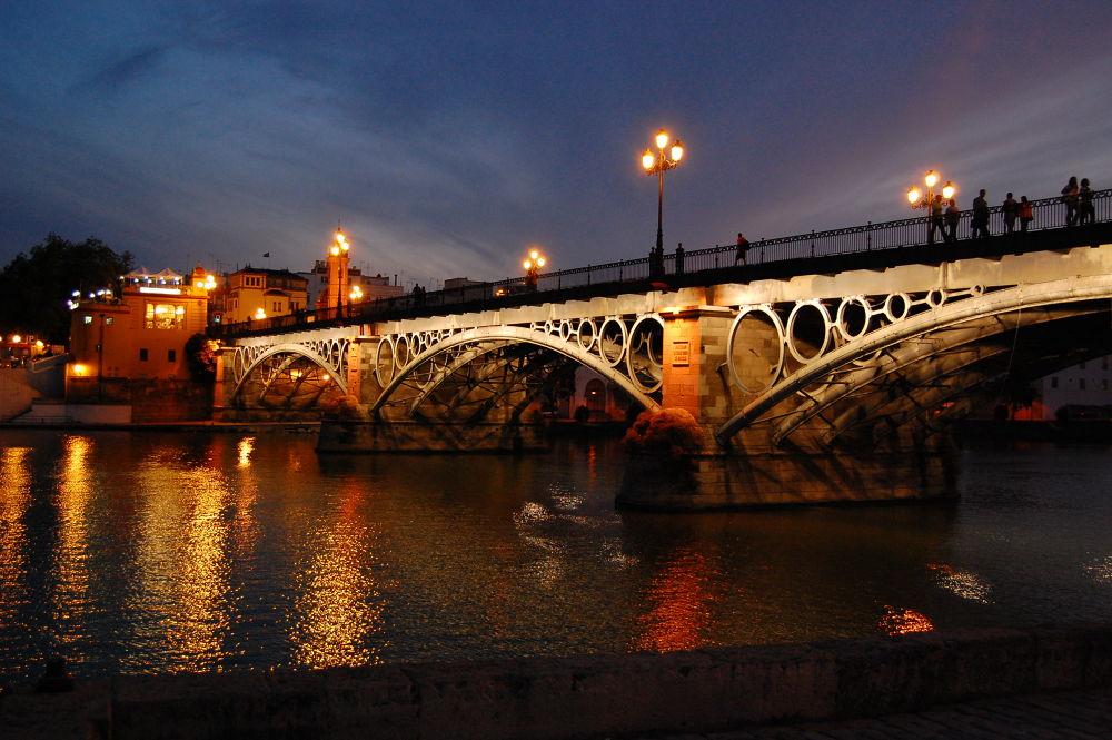 Puente de triana by LaGargola