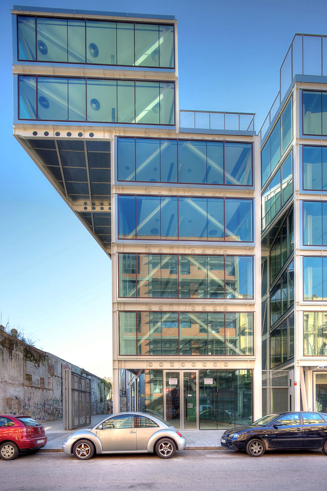 Pujades office building by Patrick Clarke