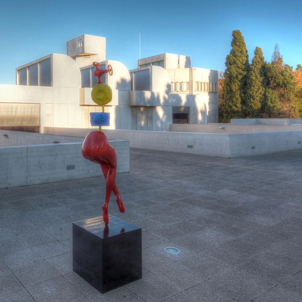 Miro terrace sculpture by Patrick Clarke