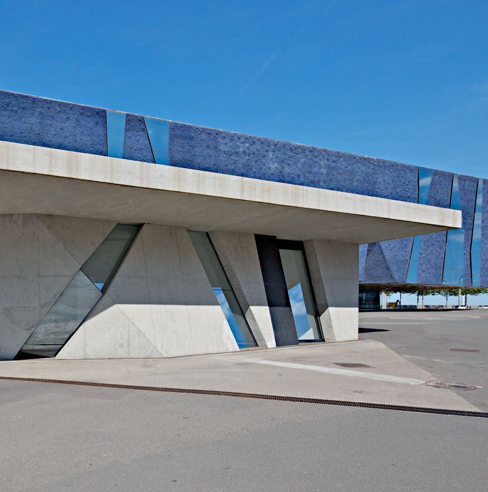 Forum del Mar by Patrick Clarke