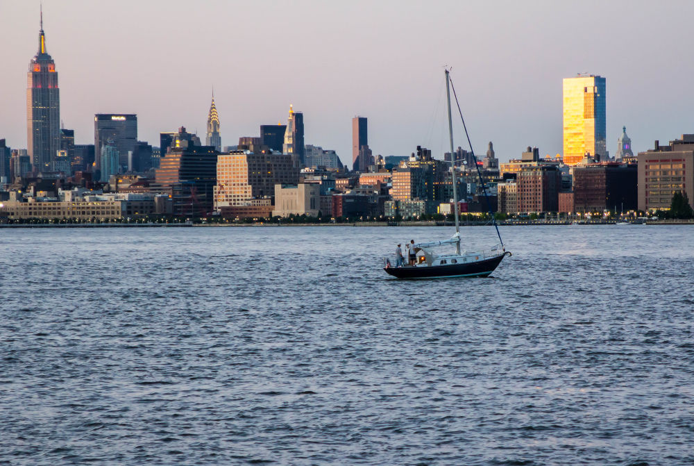 On the Hudson by petegnj