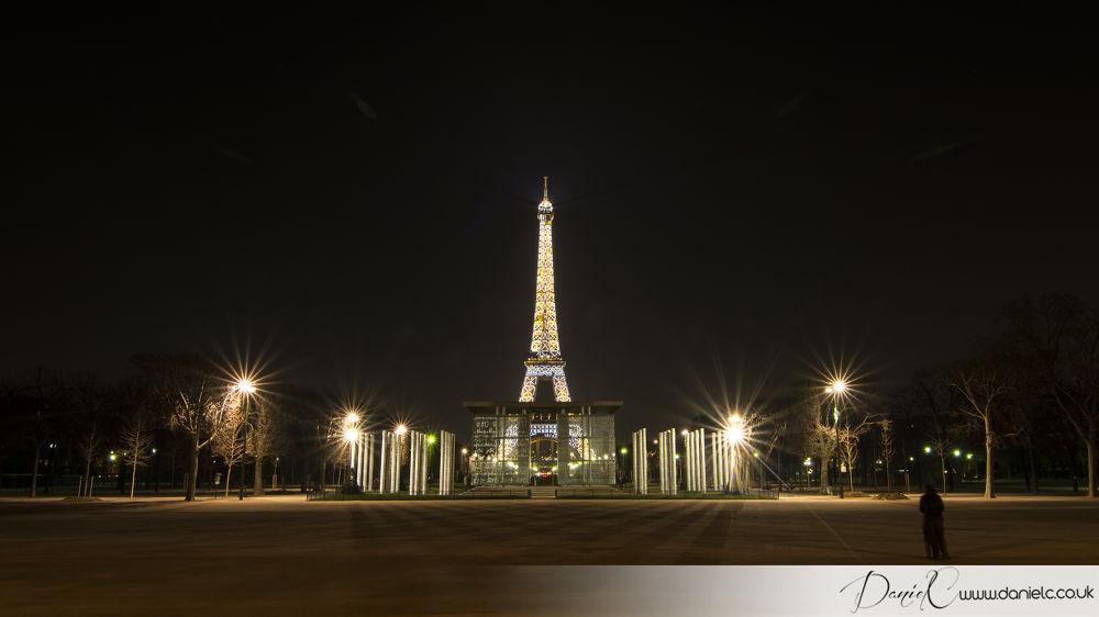 The Eiffel Tower by Daniel Bogdan