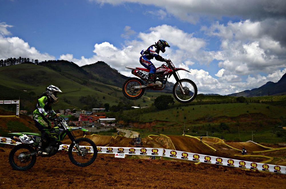 Motocross by Higor Leopoldino