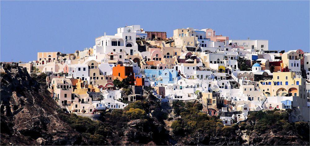 Patchwork de couleurs ( Oia;Santorin;Cyclades ) by BernardSerge