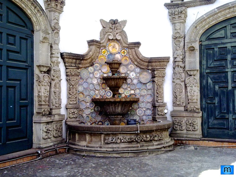 Tlalpan Fountain by Pablo Muniz