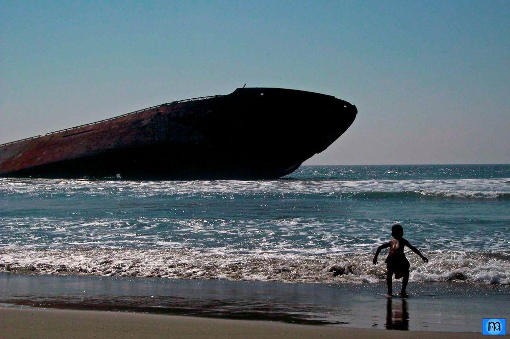 Playa Azul Coast by Pablo Muniz