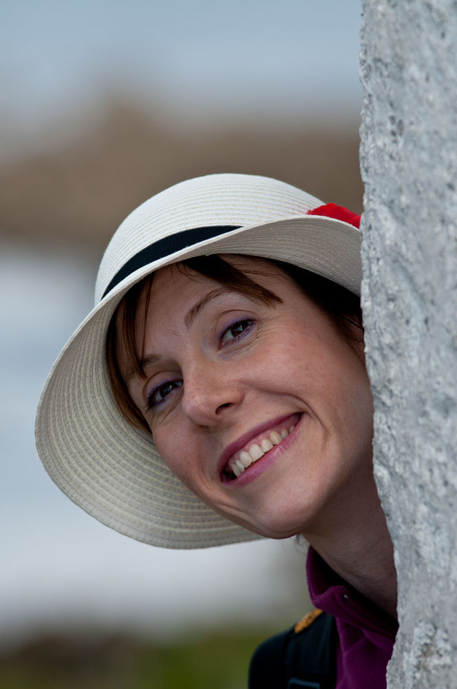 smiling girl by lucaparamidani