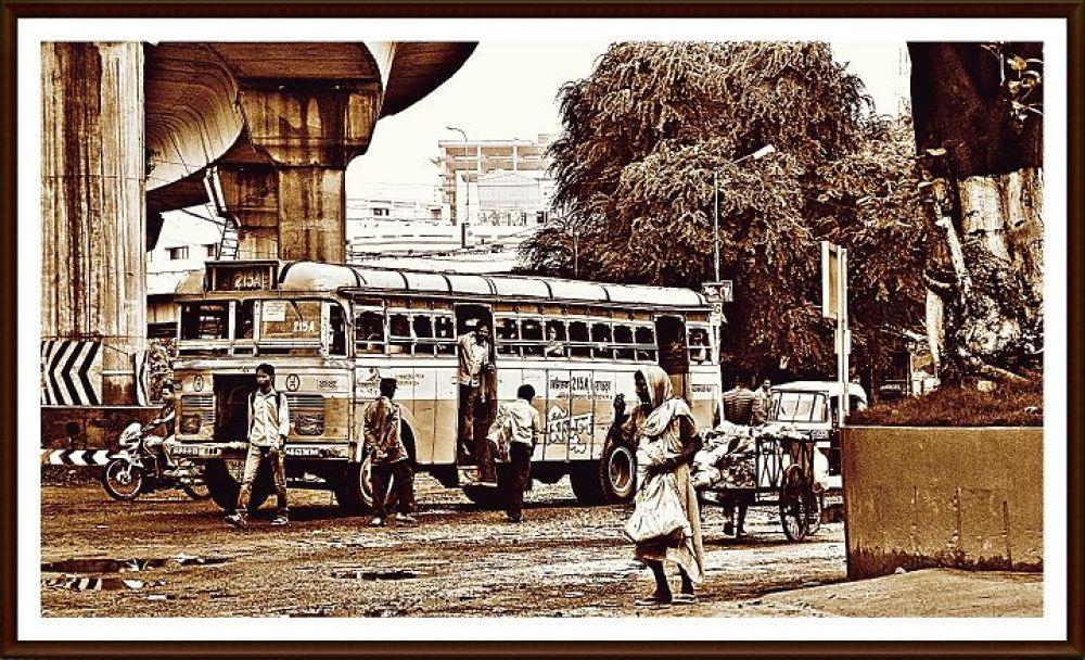 Untitled by Imtiaz Ahmed Khan