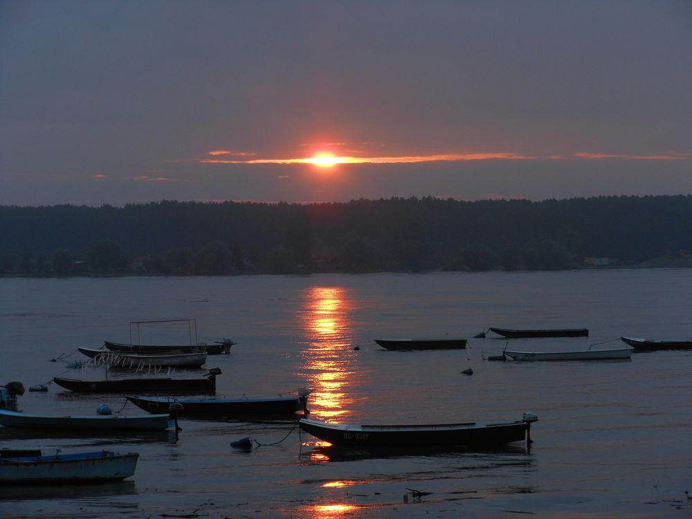 River Danube/Zemun/,early morning.. by JACANA