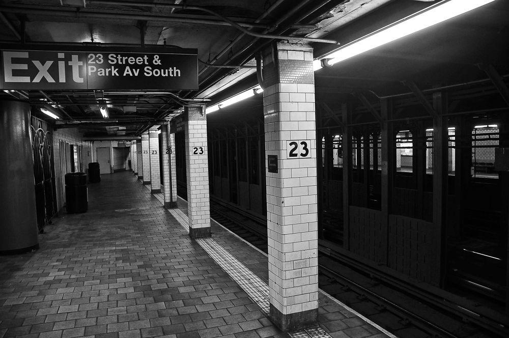 NYC Subway by Newyorkexposure