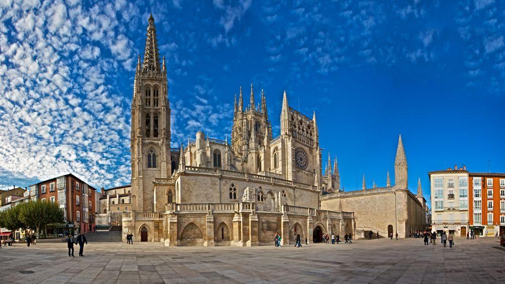 Panorama Catedral Burgos by jonmant