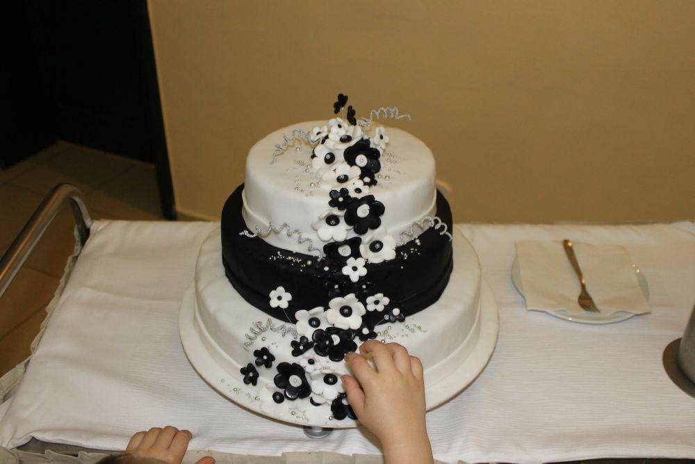 Wedding Cake by bozicatrnka