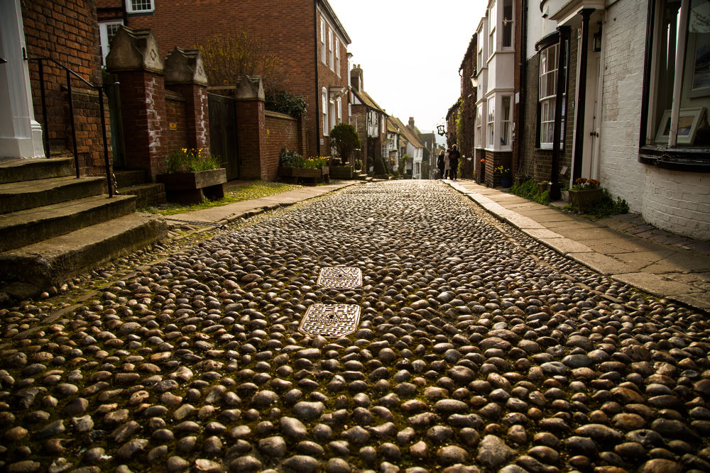 Cobbled Streets at the old town of Rye. by eilidhjsuth