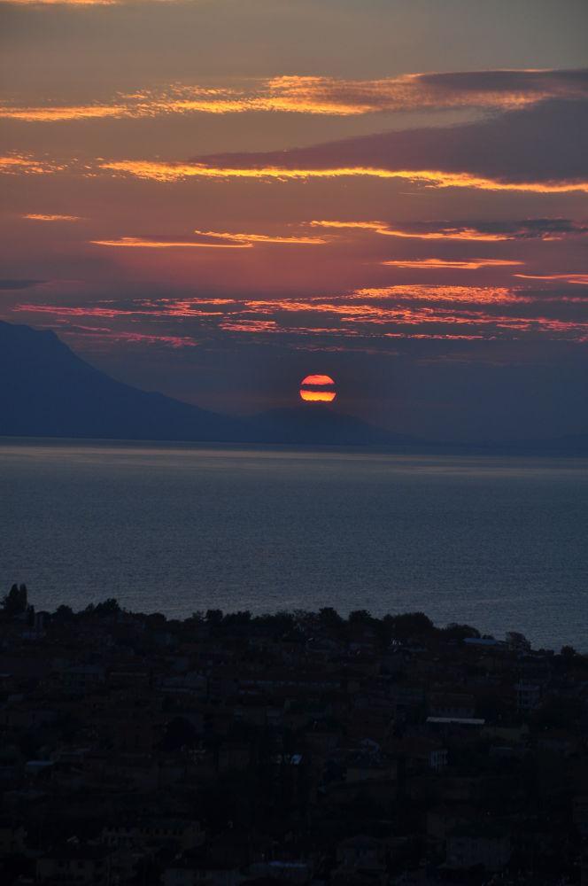 sunset on the lake by fatmagokmen64