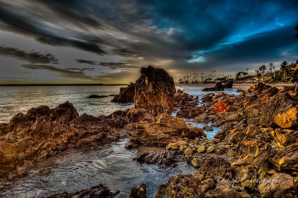 CORONA DEL MAR BEACH by TIPPOLPHOTOGRAPHY