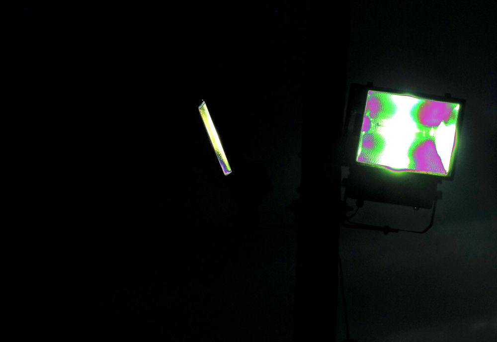 Neon Conceptual / IV  by EXPONLINE PLATAFORMA ARTÍSTICA & CULTURAL