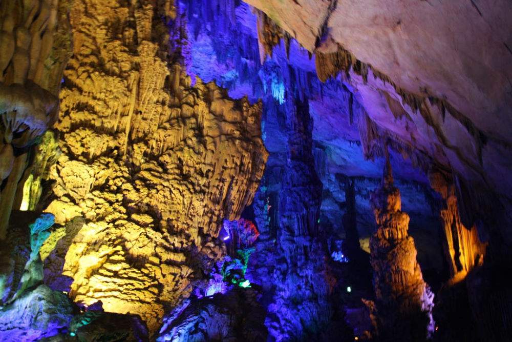 Guilin-Reed-Caves-108 by Arie Boevé