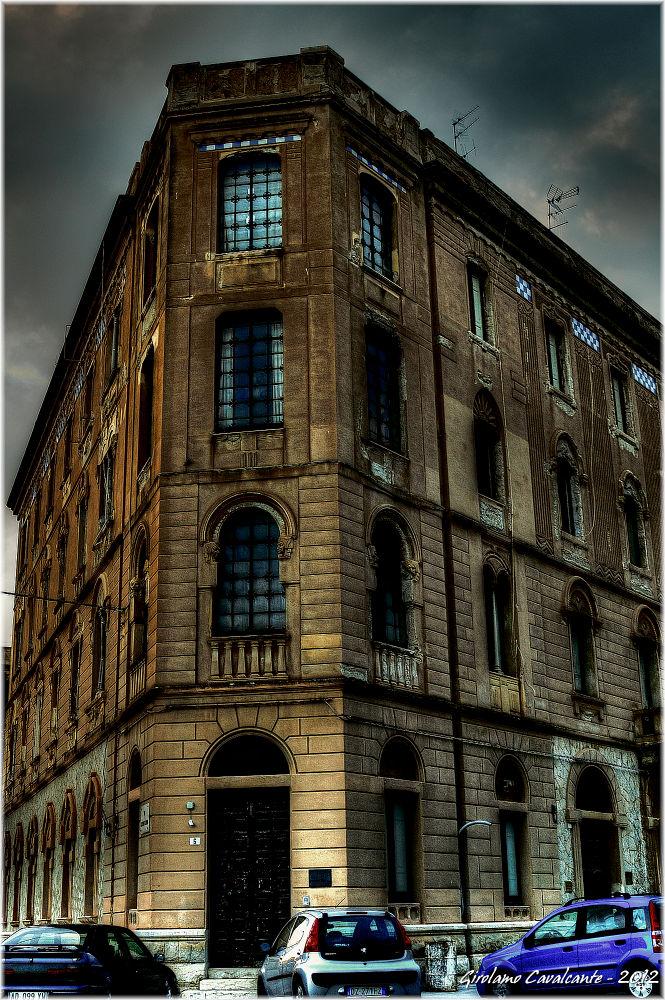 building by GiroPhoto - Girolamo Cavalcante