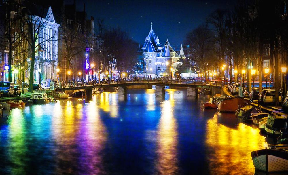 Amsterdam castle by klepherone
