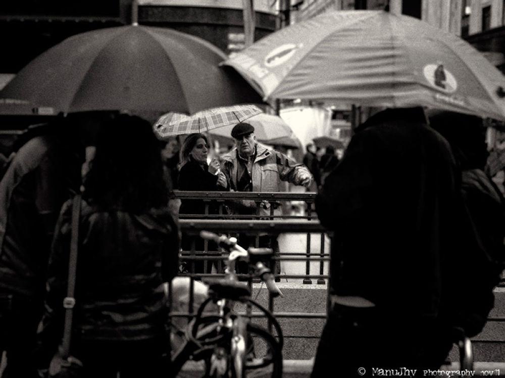 Sotto l'ombrello by ManuGranadero