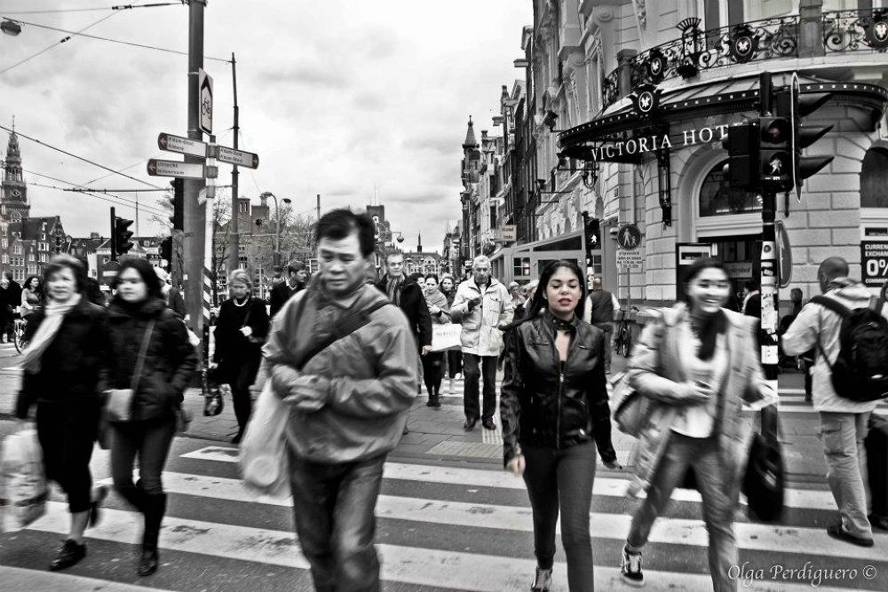 La vida se mueve a mi alrededor by olgaperdi