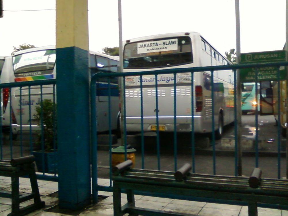 Terminal Pulo gadung - Jakarta Timur by nasa kulo dewa