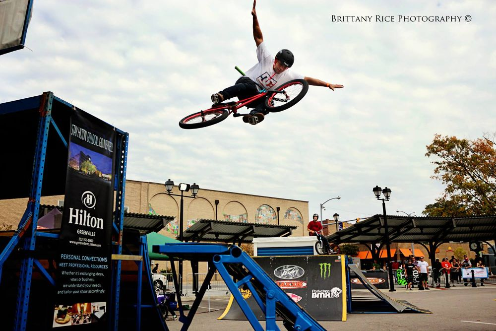 Tuck no hander  by Brittany Rice Photography