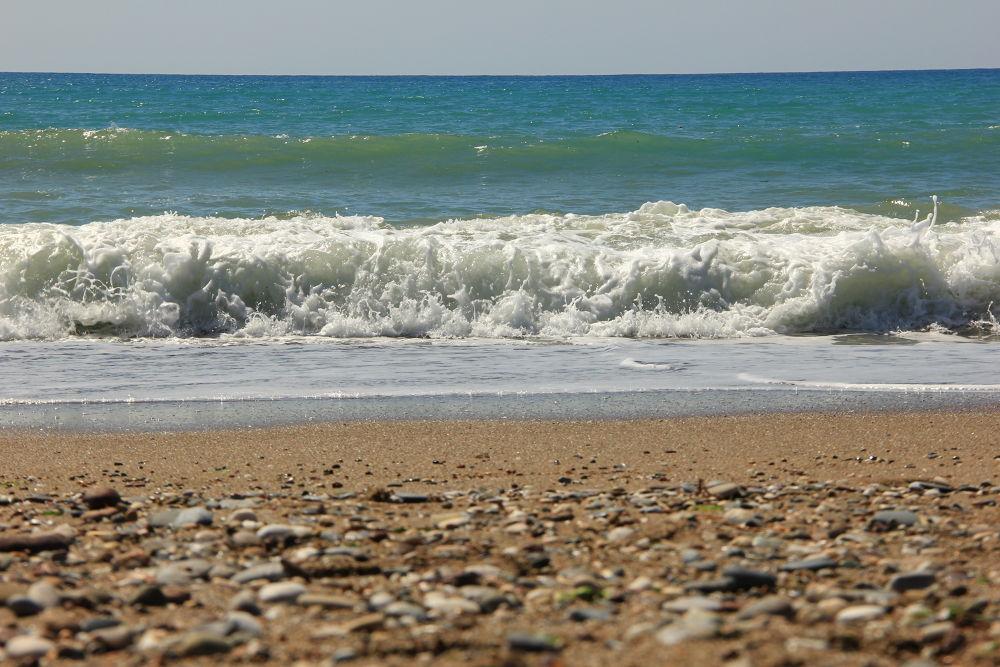 dalgalar... by Aslı Kuşdemir