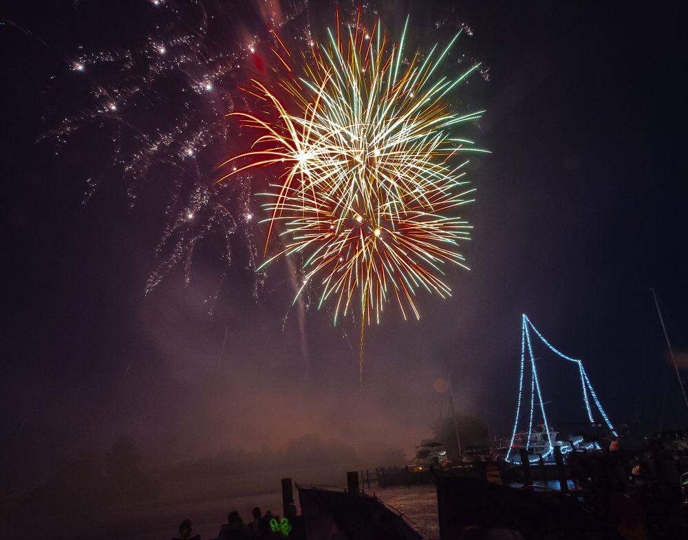 Fireworks - Havre De Grace, Maryland 2013 by Mike Knarr