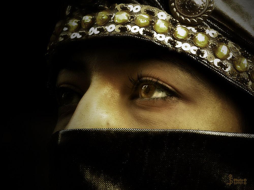 Asian-eyes-Milano-1-nov-2012 by SalviPerrone