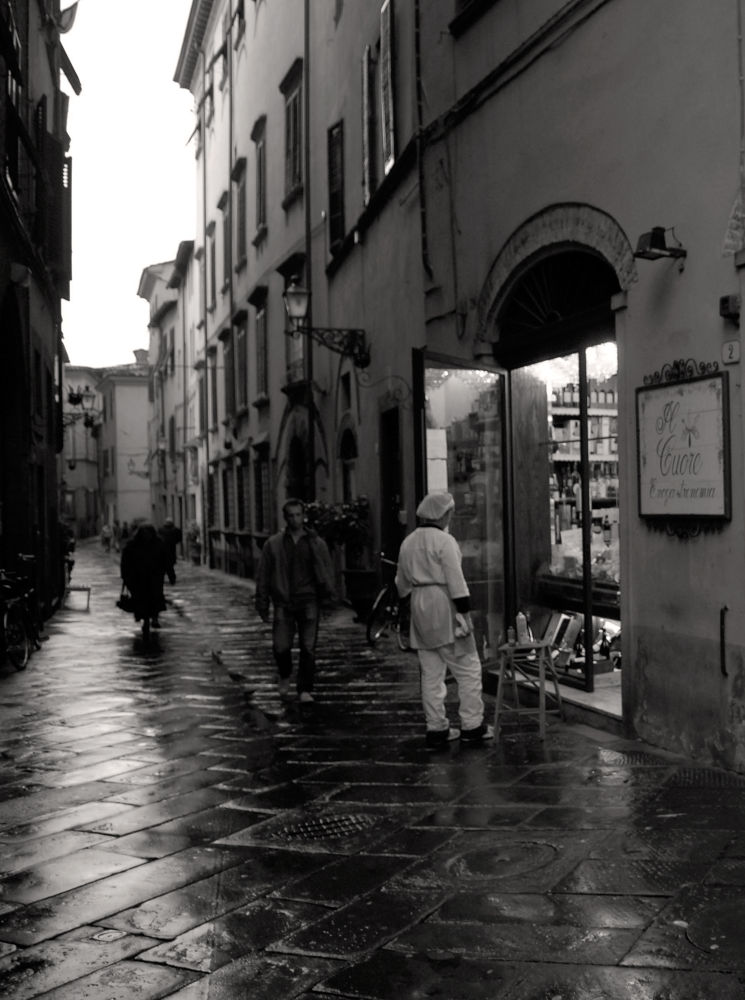 Lucca_1.jpg by ralfhoelz