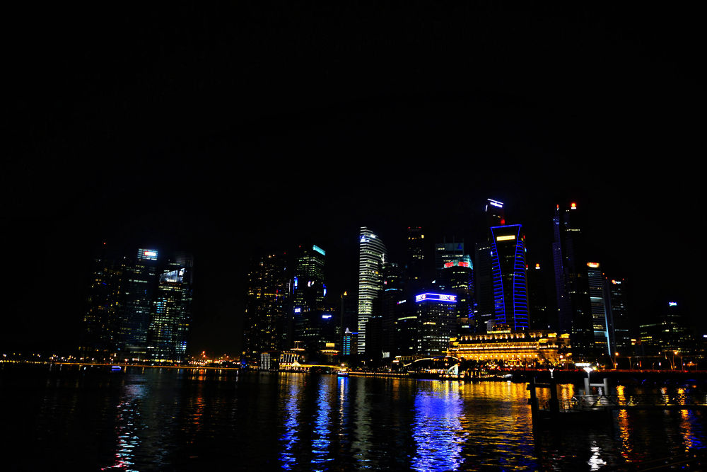NIGHT IN SINGAPORE by BobTan